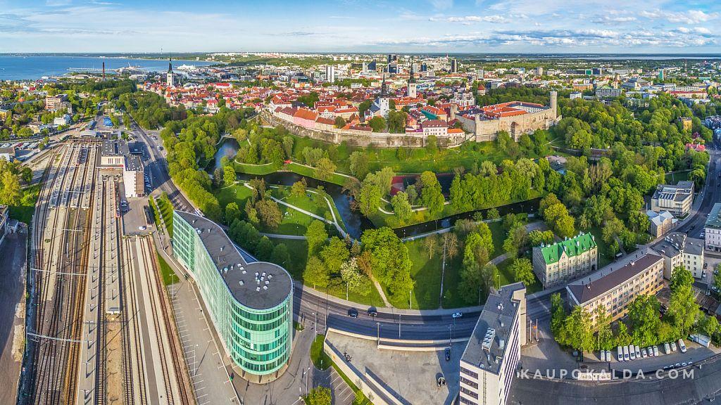 Balti jaam ja Toompark