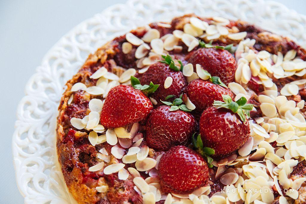 Suvine maasikakook